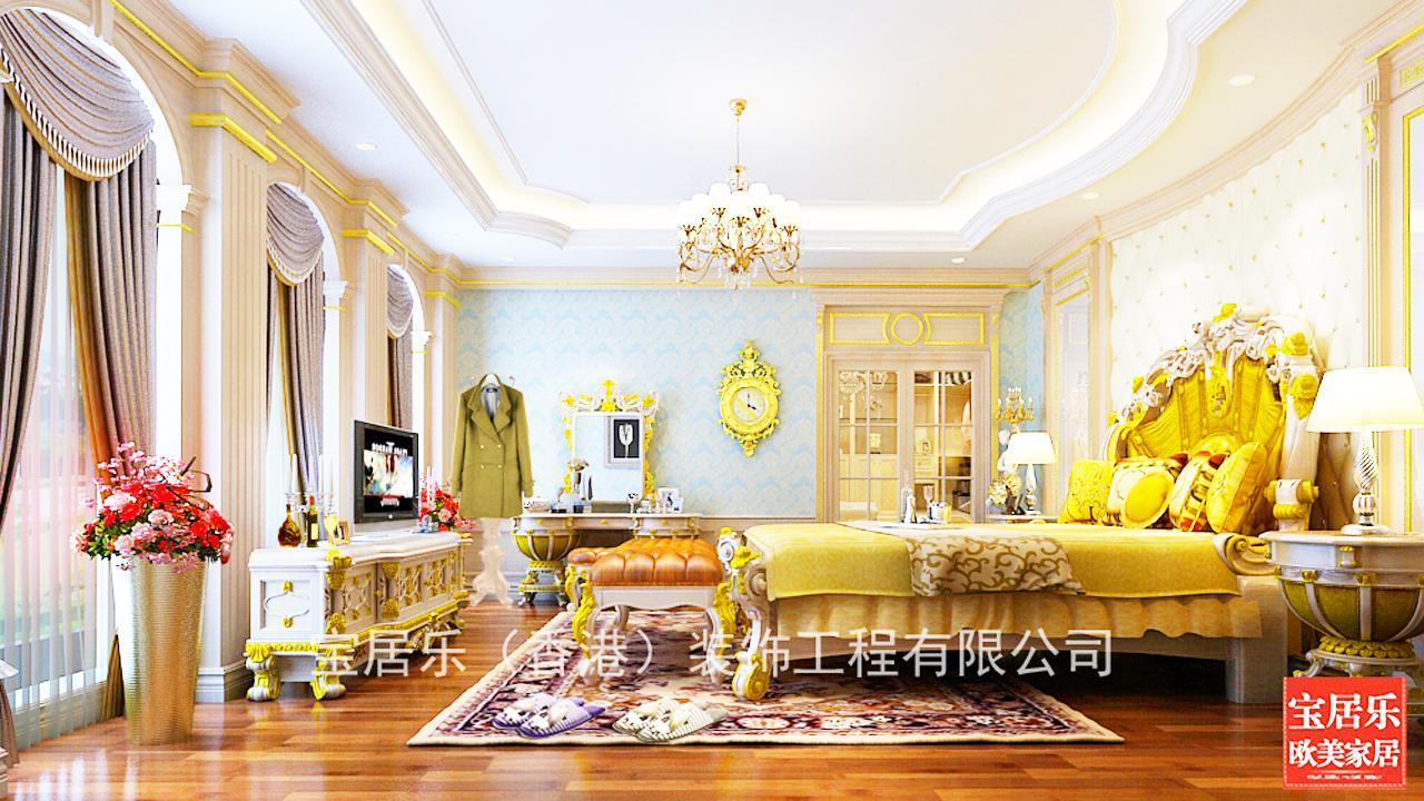 再配于欧式古典雕花的大床,简约设计的床头柜,欧式古典贴金雕花的电视