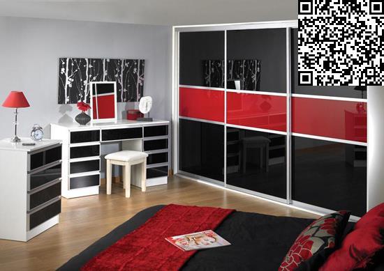 卧室衣柜装修效果图     设计重点:窗户充当床头背景墙     编辑点