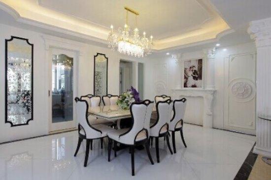 一套面积为148平房子,户型为四房两厅一厨两卫,13万半包装修欧式风格