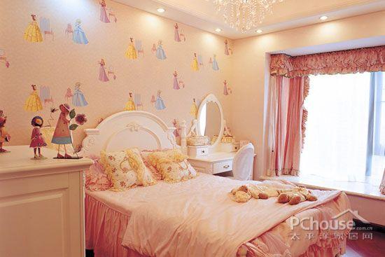 田园风格儿童房图片大全     儿童房用可爱的墙纸作为装饰.