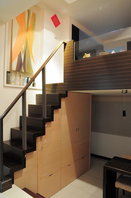 过道设计       楼梯 鞋柜设计