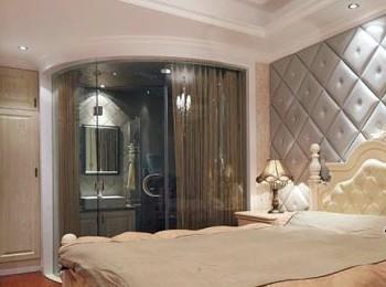 卧室背景墙使用软包,图案与床头图片
