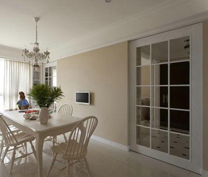 米黄色墙,白色家具,搭配什么颜色的窗帘好些