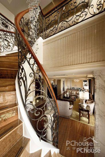 复式楼梯装修效果图大全2016图片之古典风格