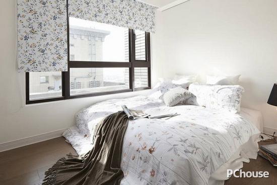 小房间卧室装修效果图 合理利用好空间