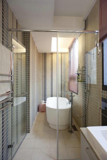 玻璃卫生间装修效果图 爱上您的浴室