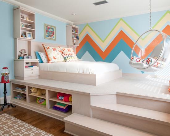 小编的话:别致的榻榻米设计,床铺在楼梯的上方,让儿童房有了小复式图片