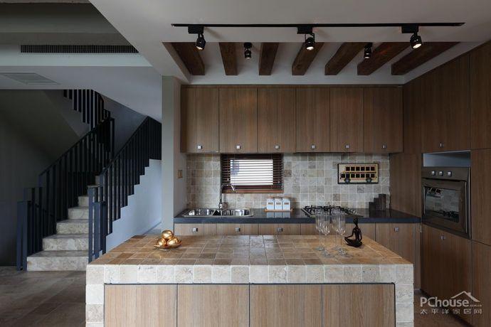 自然木质家居复式别墅设计效果图