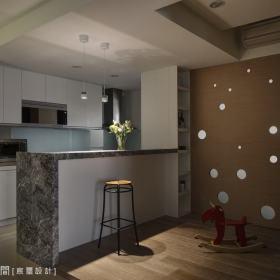 厨房吧台装修效果展示
