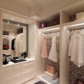 步入式衣柜设计案例展示