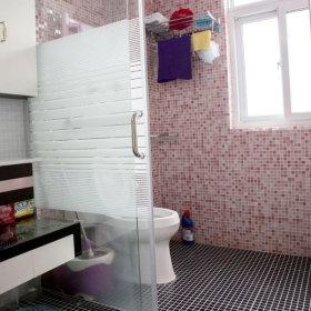现代卫生间装修案例