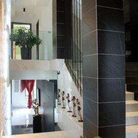 现代过道复式楼楼梯设计图
