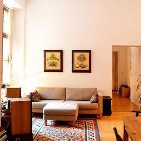 清新自然温馨客厅实木家具装修图