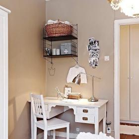 简约卧室小书桌设计图
