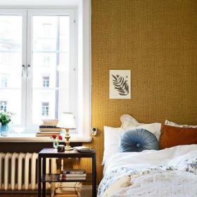 卧室单身公寓单人床壁纸设计方案