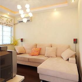 温馨客厅沙发布艺沙发案例展示