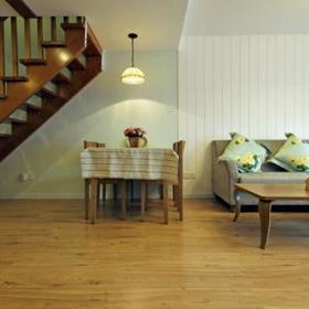 温馨沙发茶几布艺沙发装修案例