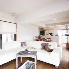 自然沙发木质地板设计方案