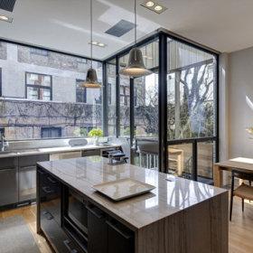 厨房玻璃门效果图