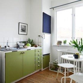 厨房餐桌圆餐桌图片