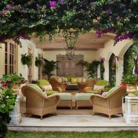 温馨花园沙发植物装修效果展示