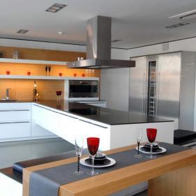 温馨厨房图片
