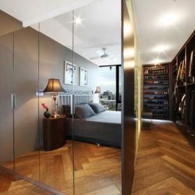 现代简约卧室衣帽间衣柜木地板案例展示