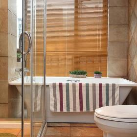 现代简约卫生间淋浴房装修案例