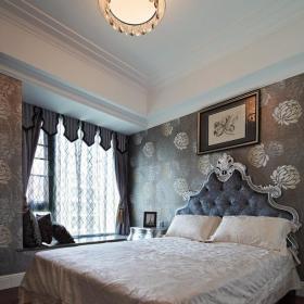欧式卧室壁纸灯具装修效果展示